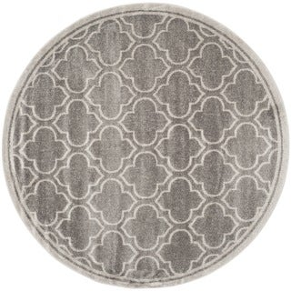 Safavieh Indoor/ Outdoor Amherst Grey/ Light Grey Rug (5' Round)