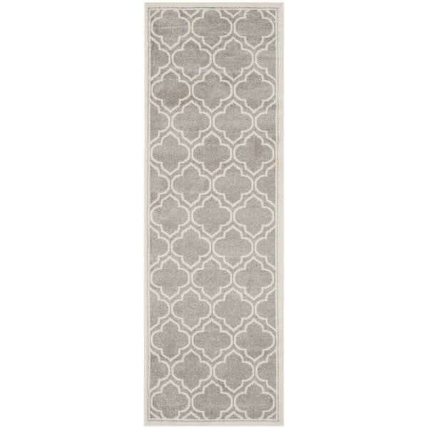 Safavieh Indoor/ Outdoor Amherst Light Grey/ Ivory Rug (2'3 x 11')