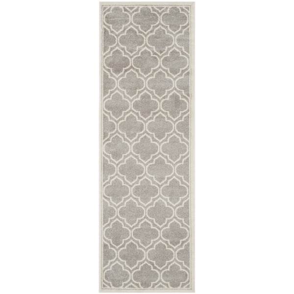 Safavieh Indoor/ Outdoor Amherst Light Grey/ Ivory Rug (2'3 x 11') - 2'3 x 11'