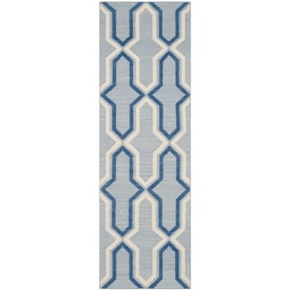 Safavieh Hand-woven Reversible Dhurries Light Blue/ Dark Blue Wool Rug (2'6 x 8')