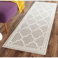 Safavieh Indoor/ Outdoor Amherst Light Grey/ Ivory Rug - 2'3 x 11'