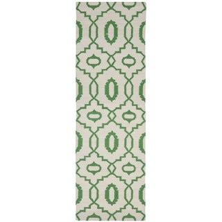 Safavieh Hand-woven Reversible Dhurries Ivory/ Green Wool Rug (2'6 x 10')