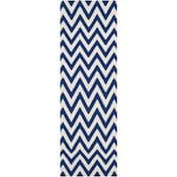 Safavieh Hand-woven Reversible Dhurries Dark Blue/ Ivory Wool Rug - 2'6 x 10'