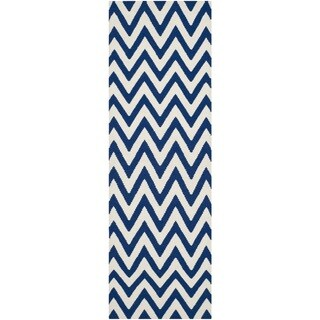 Safavieh Hand-woven Reversible Dhurries Dark Blue/ Ivory Wool Rug (2'6 x 12')