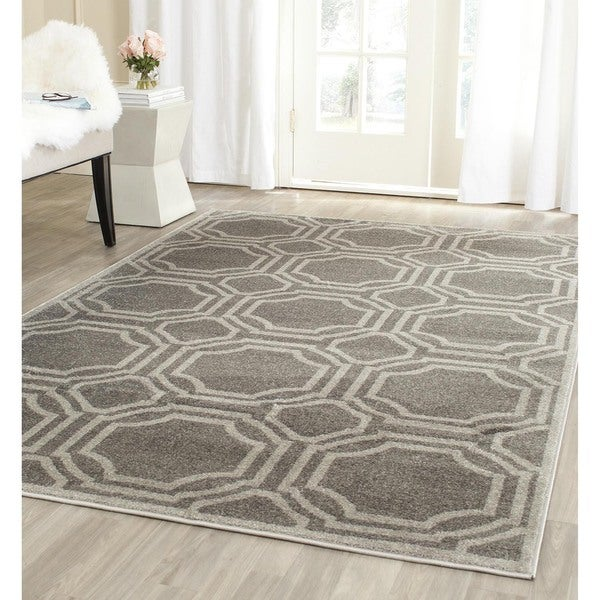 Shop Safavieh Indoor Outdoor Amherst Grey Light Grey Rug