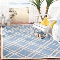 Safavieh Indoor/ Outdoor Courtyard Blue/ Beige Rug (6'7 x 9'6) - 6'7 x 9'6