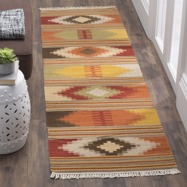 Safavieh Hand-Woven Kilim Red/ Multi Wool Rug (2'3 x 12')