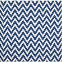 Safavieh Hand-woven Reversible Dhurries Dark Blue/ Ivory Wool Rug - 8' Square