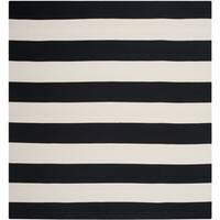 Safavieh Hand-woven Montauk Black/ White Cotton Rug - 8' Square
