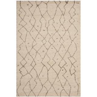 Safavieh Tunisia Ivory Rug (6' x 9')