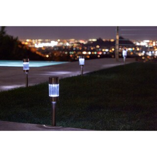 Pure Garden Outdoor Solar-powered LED Lights (Set of 6)