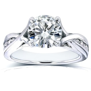 Annello by Kobelli 14k Gold Round-cut Moissanite and 1/5ct TDW Channel Diamond Engagement Ring