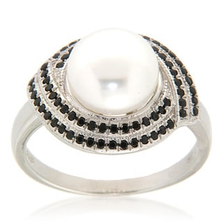 Pearlz Ocean White Freshwater Pearl and Black Spinel Sterling Silver Ring (9-10 mm)