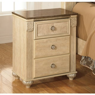 Signature Designs by Ashley Saveaha Light Beige 3-drawer Nightstand