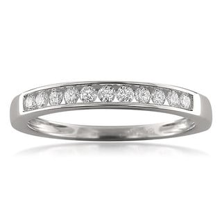 Montebello 18k White Gold 1/4ct TDW Round-cut Diamond Channel-set Wedding Band (F-G, VS1)