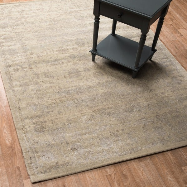 Emerson Antique Ivory/ Beige Rug - 7'6 x 10'5