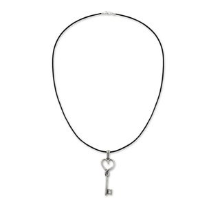 Handmade Sterling Silver 'Key to Love' Leather Necklace (Mexico)