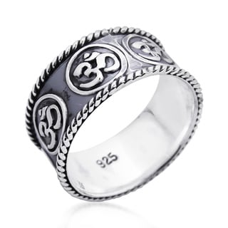 Handmade Encompassed Aum or Ohm Symbol Band .925 Sterling Silver Ring (Thailand)