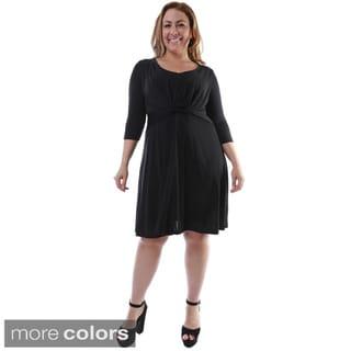 24/7 Comfort Apparel Women's Plus Size Twist-front Knee-length Dress