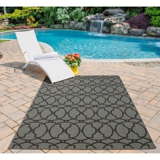 Indoor/ Outdoor Moroccan Tile Charcoal Rug (8'6 x 13')