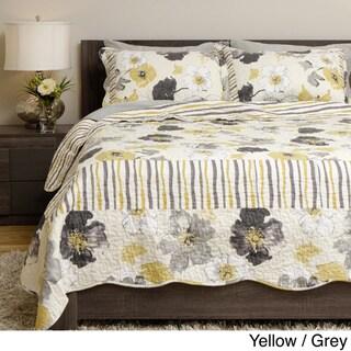 Grand Bazaar Flowers and Stripes 3-piece Quilt Set