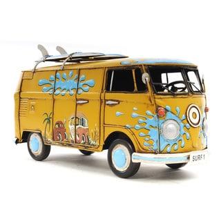 1967 Volkswagen Deluxe Bus 1:18 Scale Model