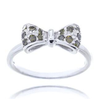 Blue Box Jewels Rhodium-plated Sterling Silver Peridot Green Cubic Zirconia Mini Bow Ring