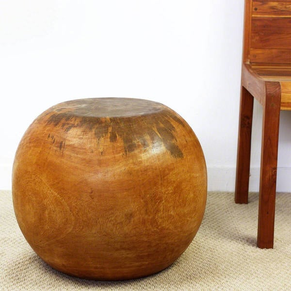 Hand Carved Oak Oiled Mango Wood Ball End Table (Thailand)
