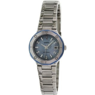 Casio Women's Core LTP1366D-2A Silvertone Stainless Steel Quartz Watch with Mother-Of-Pearl Dial