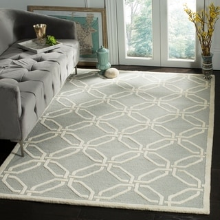 Safavieh Handmade Moroccan Cambridge Light Grey/ Ivory Wool Rug (5' x 8')