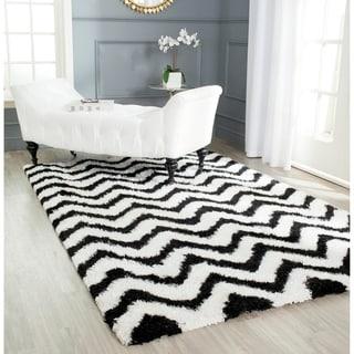 Safavieh Handmade Barcelona Shag White/ Black Chevron Polyester Rug (6' x 9')