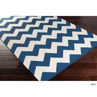 Hand-Woven Pearl Chevron Reverisble Flatweave Wool Rug (9' x 12')