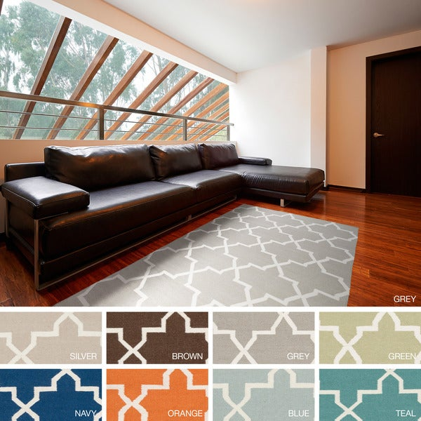Hand-Woven Kellan Moroccan Tile Reversible Flatweave Wool Area Rug - 5' x 8'