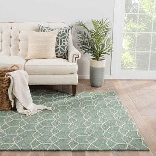 "Finbar Indoor/ Outdoor Geometric Green/ Cream Area Rug (5' X 7'6"") - 5' x 7'6"""