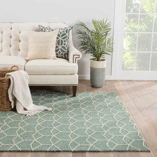 "Finbar Indoor/ Outdoor Geometric Green/ Cream Area Rug (5' X 7'6"")"