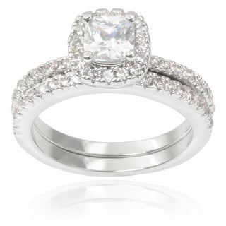 Journee Collection Brass Cubic Zirconia Engagement Ring Set