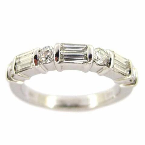 Kabella Luxe 18k White Gold 3/4ct TDW Tapered Round White Diamond Ring (H-I, VS1-VS2)