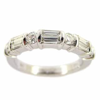 Kabella Luxe 18k White Gold 3/4ct TDW Tapered Round White Diamond Ring (H-I, VS1-VS2)|https://ak1.ostkcdn.com/images/products/9219816/P16388360.jpg?impolicy=medium