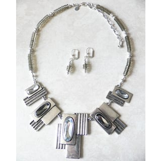Palmtree Gems 'Smoke and Mirrors' Necklace and Earring Set|https://ak1.ostkcdn.com/images/products/9230675/P16398073.jpg?impolicy=medium