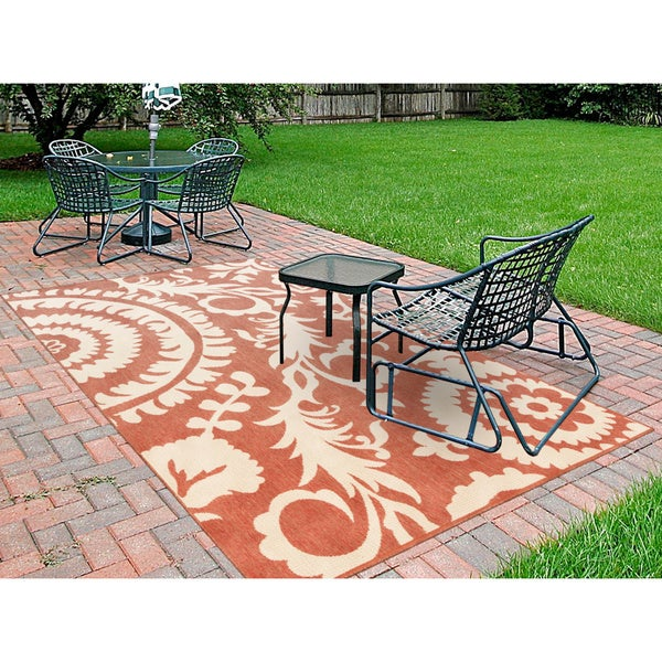 Meticulously woven nina contemporary floral indoor outdoor for Woven vinyl outdoor rugs
