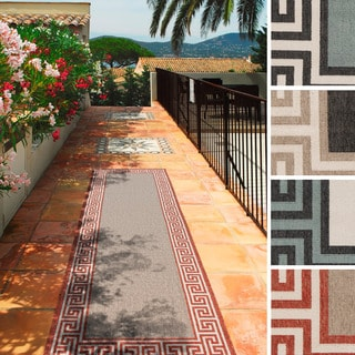 Meticulously Woven Annette Contemporary Bordered Indoor/Outdoor Area Rug (2'3 x 7'9)