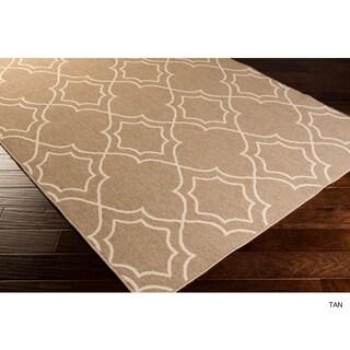 Natasha Contemporary Trellis Indoor/Outdoor Area Rug (6' x 9') - 6' x 9' (Option: Tan)