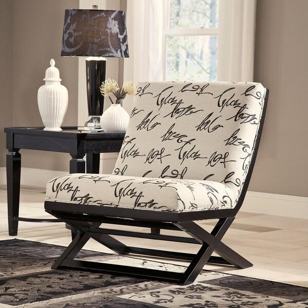 Superieur Signature Design By Ashley Levon Charcoal Showood Accent Chair