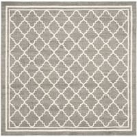 Safavieh Indoor/ Outdoor Amherst Dark Grey/ Beige Rug - 7' Square