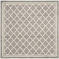 Safavieh Indoor/ Outdoor Amherst Dark Grey/ Beige Rug - 7' x 7' Square