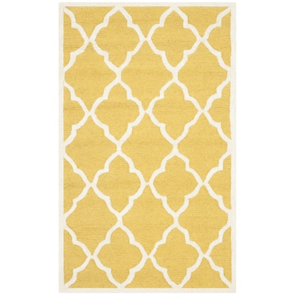 Safavieh Handmade Moroccan Cambridge Gold Ivory Wool Rug