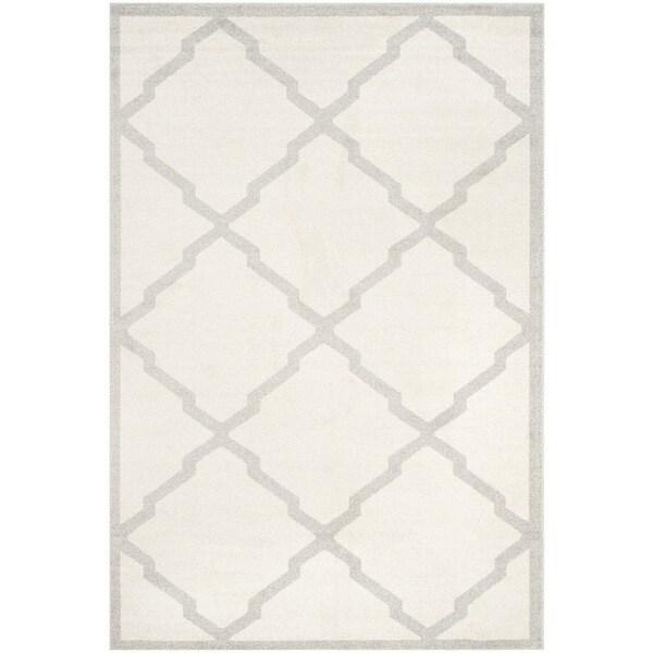 Safavieh Indoor/ Outdoor Amherst Beige/ Light Grey Rug - 10' x 14'