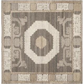Safavieh Handmade Kenya Ivory/ Brown Wool Rug (7' Square)