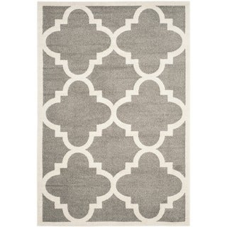 Safavieh Indoor/ Outdoor Amherst Dark Grey/ Beige Rug (10' x 14')