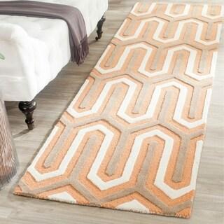 Safavieh Handmade Moroccan Cambridge Orange/ Grey Wool Rug (2'6 x 8')